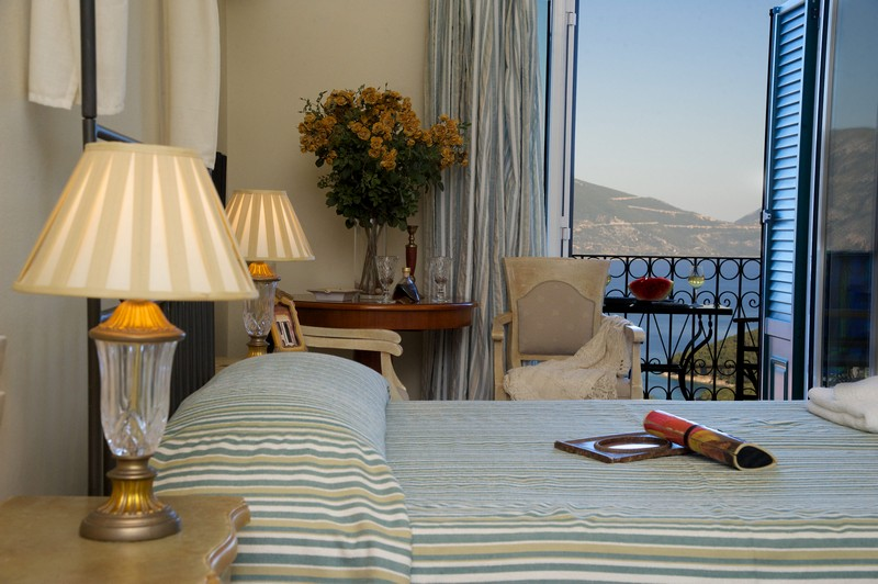 Agnantia_Junior-Suite_Honeymoon_Romantic_Offer-4