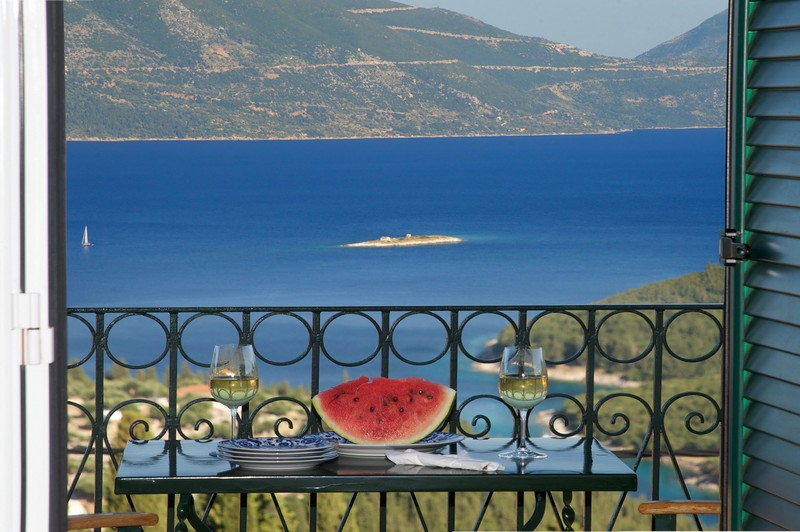 Agnantia_Junior-Suite_Sea-View_Walking_Holidays_Offer4